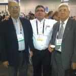 Roberto Duran de Technology Services, Jorge Dieguez de Broadcast Depot con Johannes Streese de Republica Dominicana.