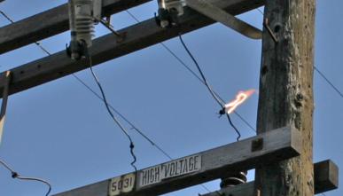 Bad Powerline Connectors – Major RF Noise Sources